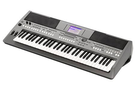Yamaha PSR-S670 Keyboard Refurbished